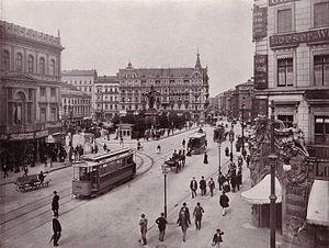 300px-Berlin_Alexanderplatz_1903