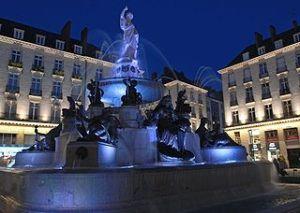 320px-Place-royale_nantes